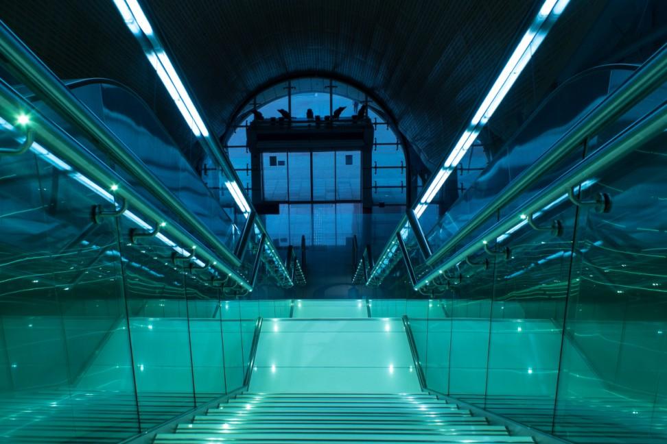 szkło w metrze